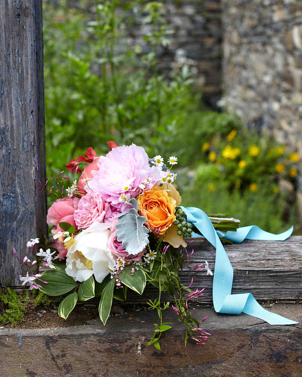 31 Colorful Wedding Bouquets | Martha Stewart Weddings