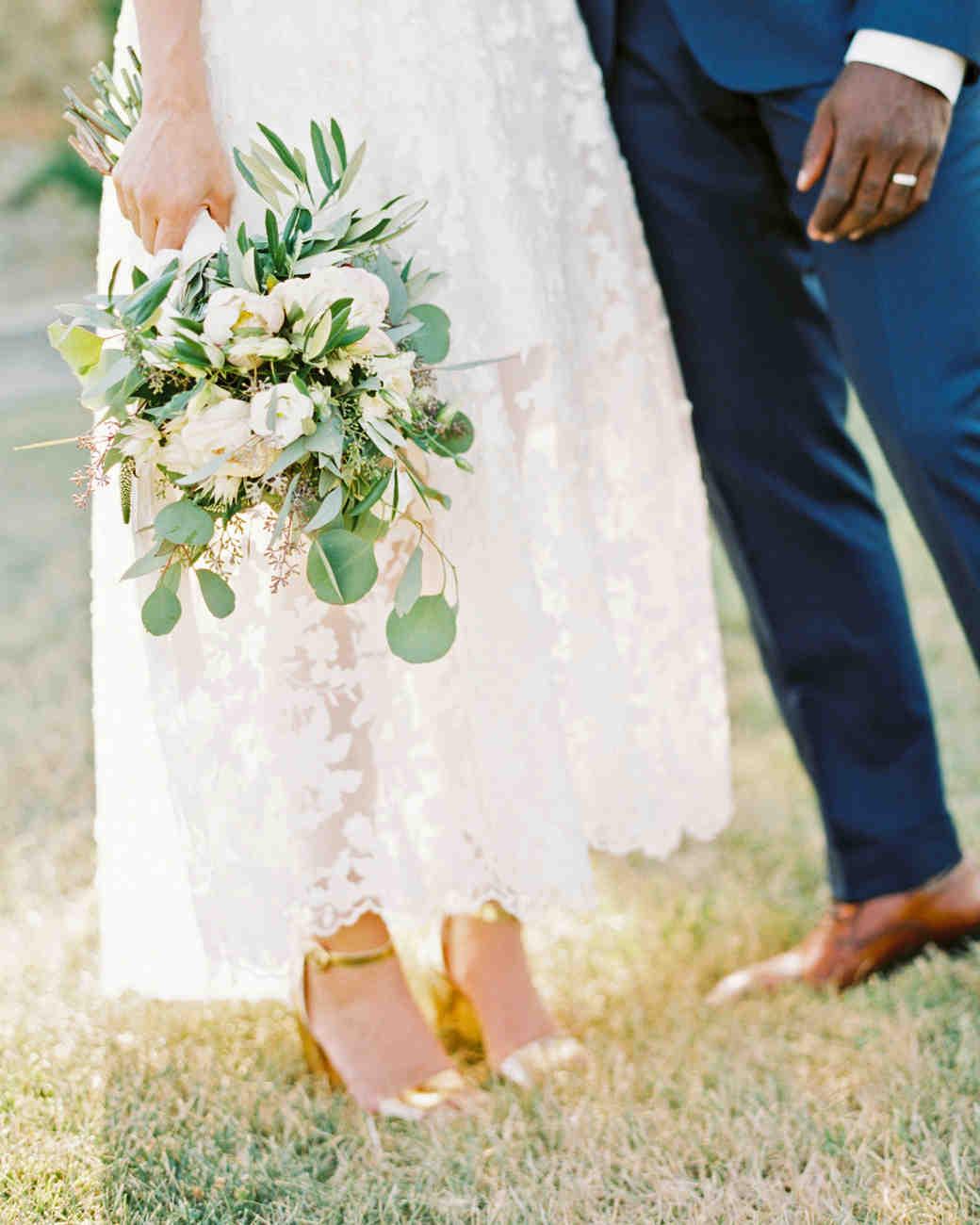leila joel wedding bouquet