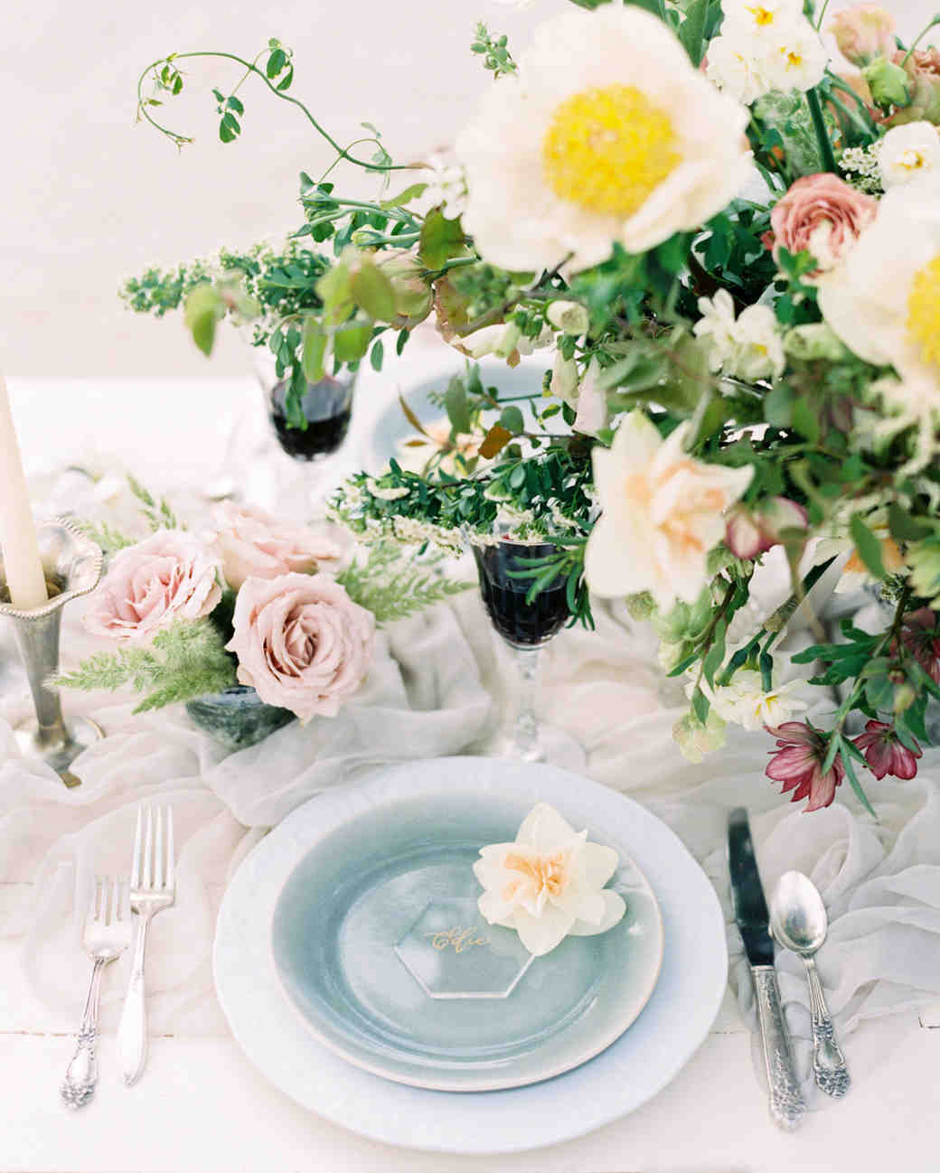 lucite hexagon shaped place cards