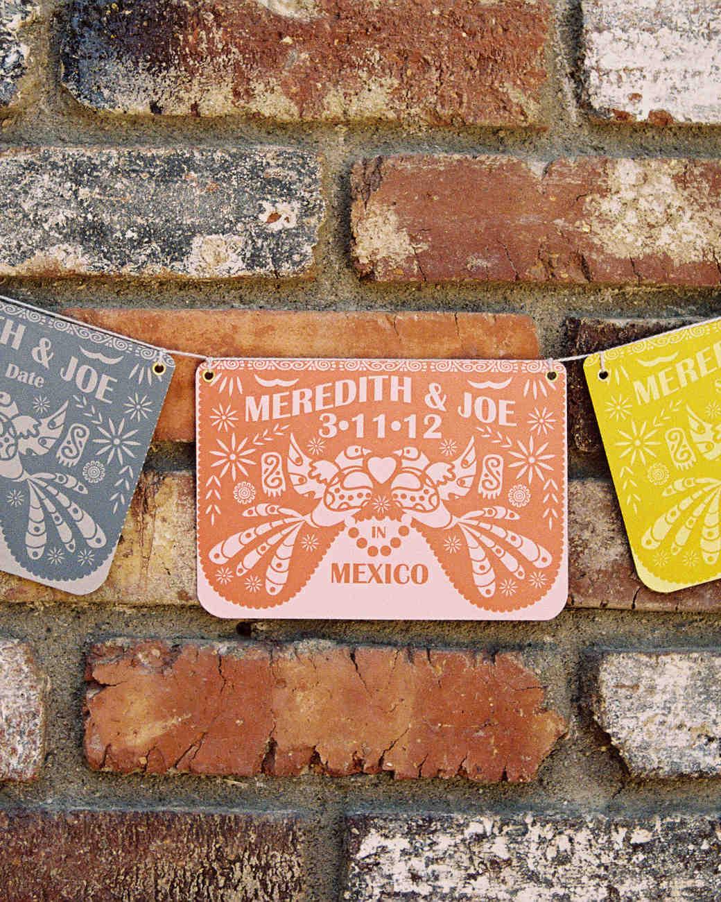 meredith-joe-signs-004095-r1-023-10-wds110277.jpg