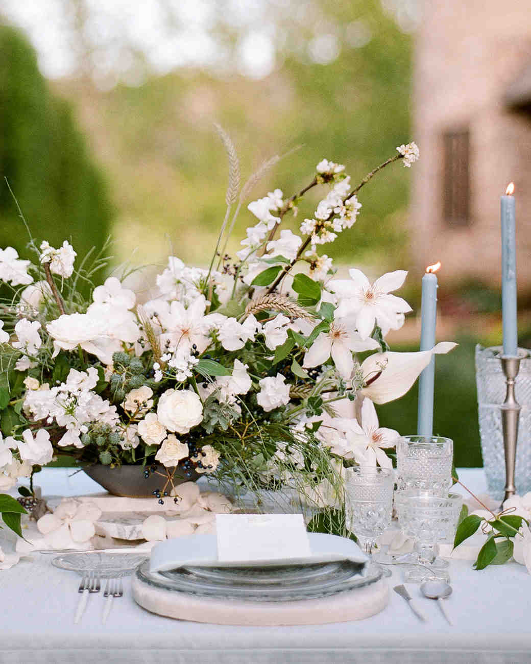 white floral centerpiece