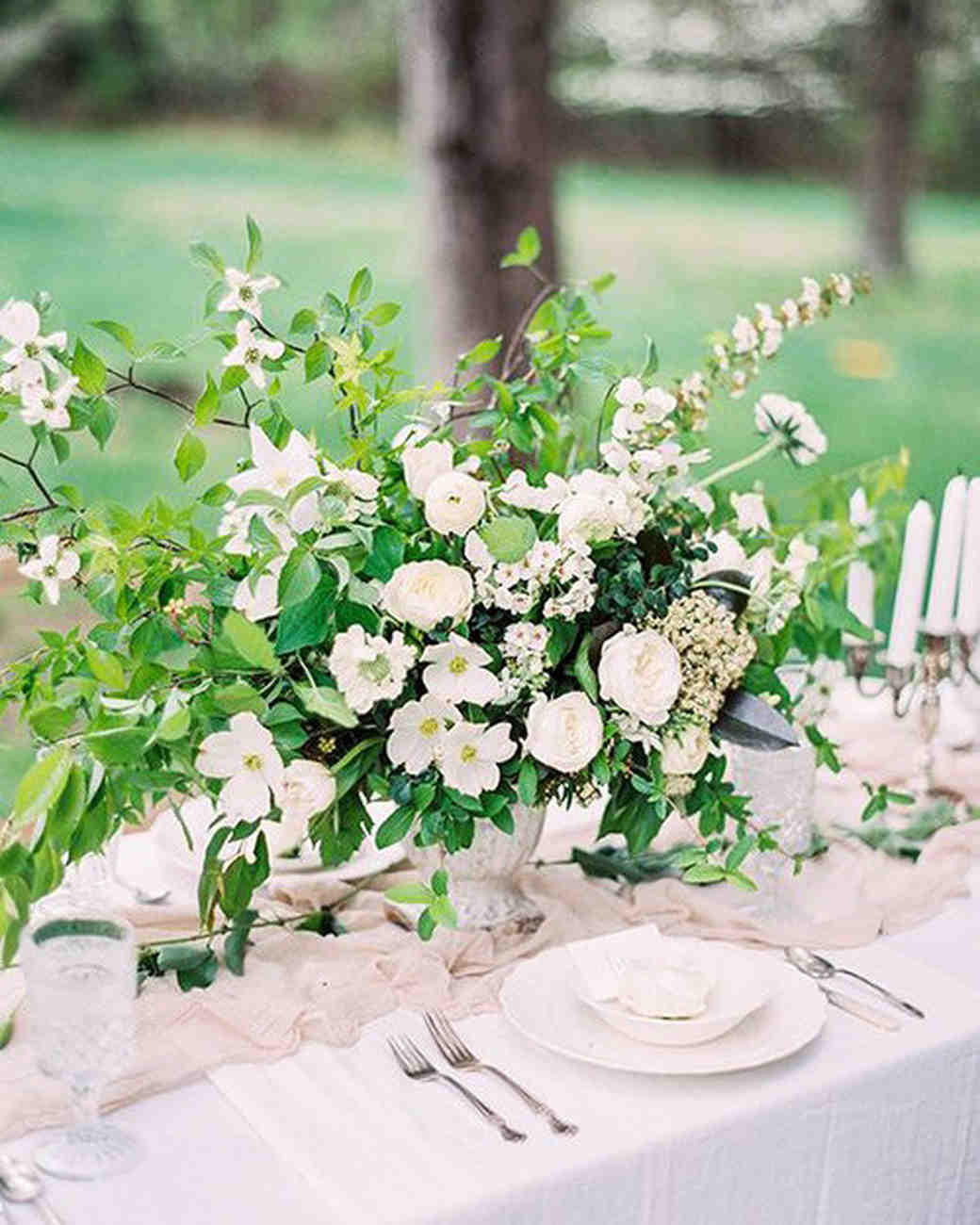 Flowers For Wedding Table Centerpieces: Spring Wedding Centerpieces We Love