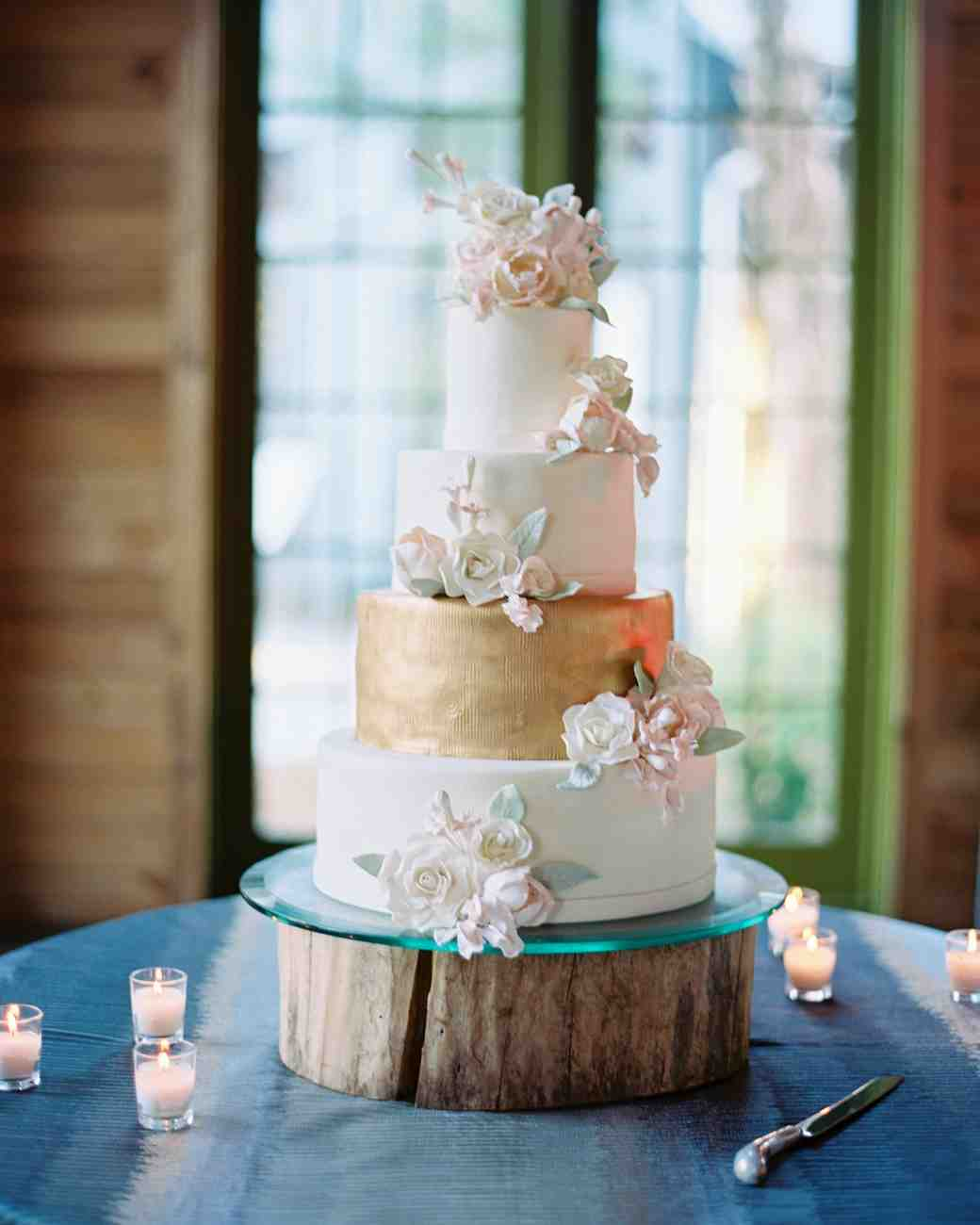 Wedding Cakes With Flowers On Top: Wedding Cakes With Sugar Flowers That Look Incredibly Real
