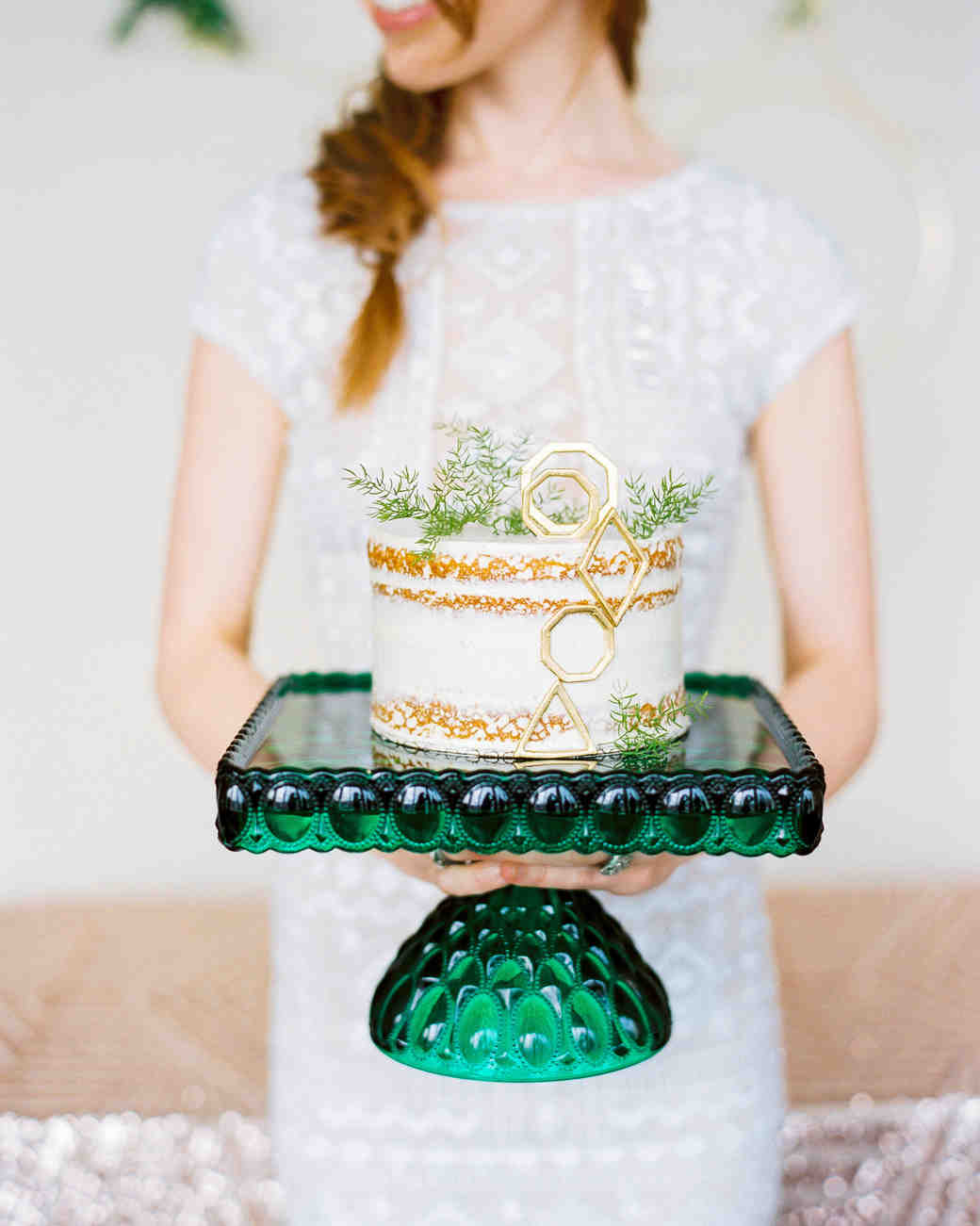 emerald green cake stand