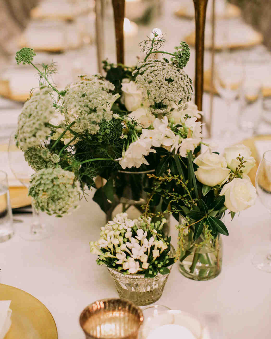 Get inexpensive ideas for wedding centerpieces. You can fit these arrangements and designs into your budget without sacrificing beauty or creativity.