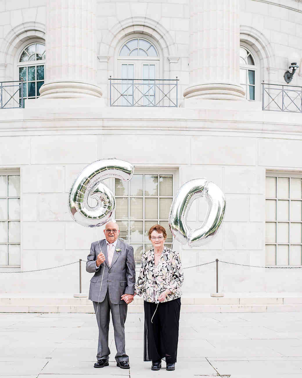 anniversary couple portrait balloons