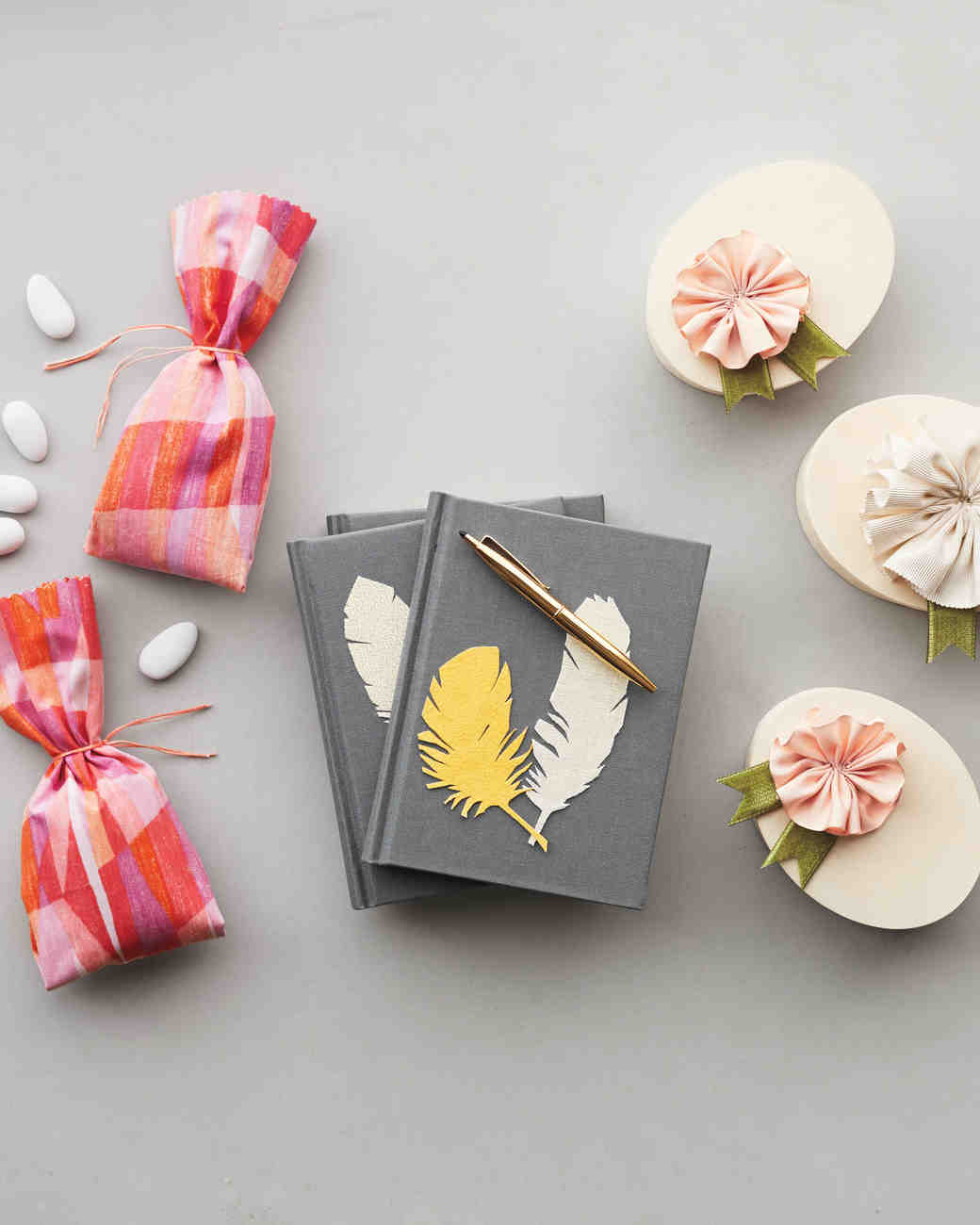 Give fabric the diy treatment 3 wedding favors that will for Wedding favor supplies