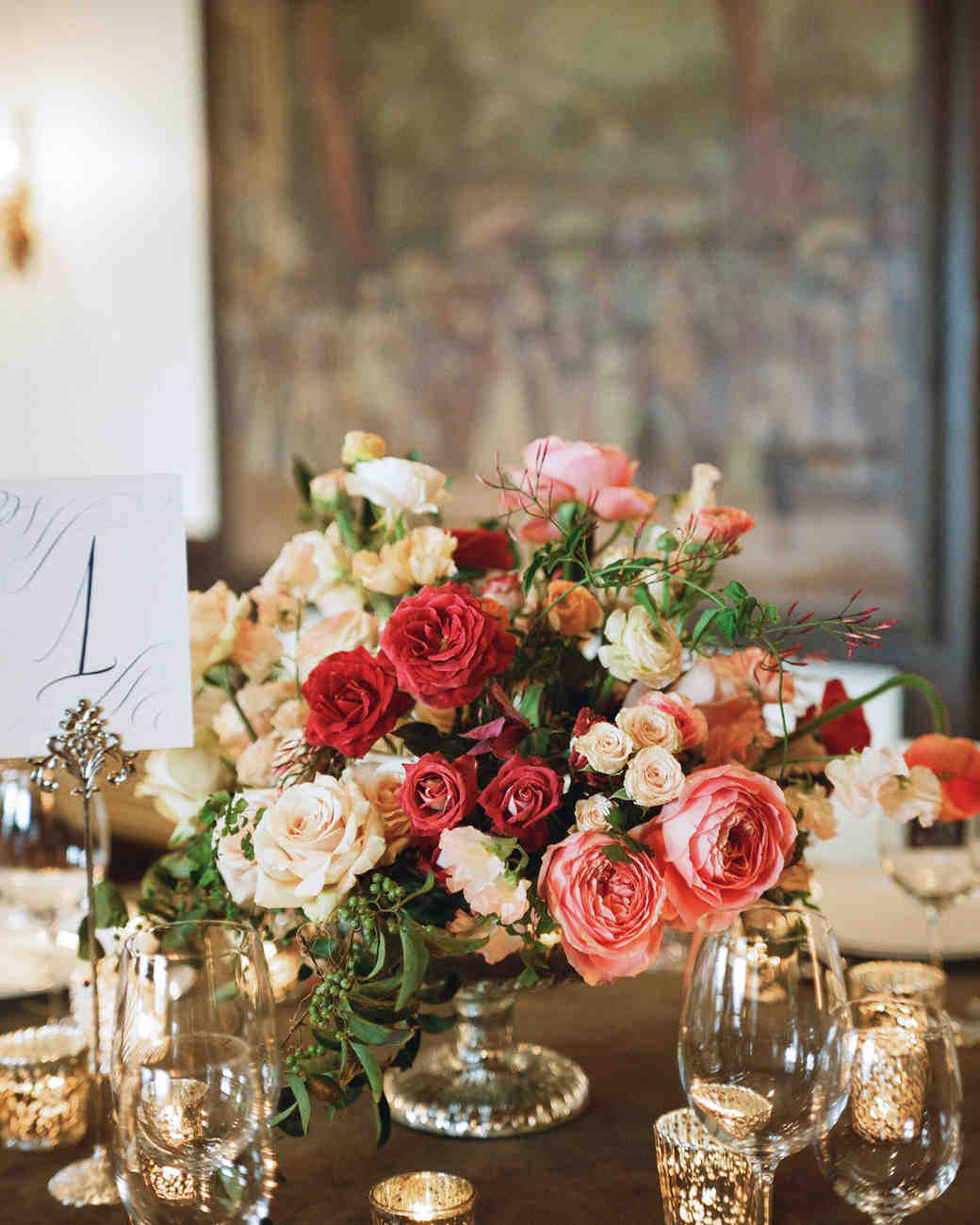 22 totally chic vintage centerpieces martha stewart weddings junglespirit Image collections