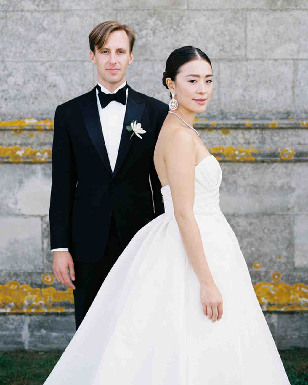 Wedding Attire Etiquette For Brides And Grooms Martha Stewart Weddings
