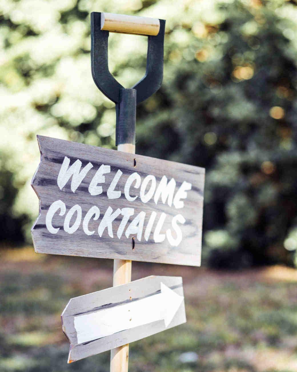 leah-michael-wedding-signage-1148-s111861-0515.jpg