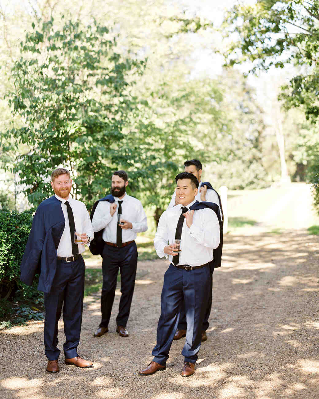 linda robert wedding groomsmen