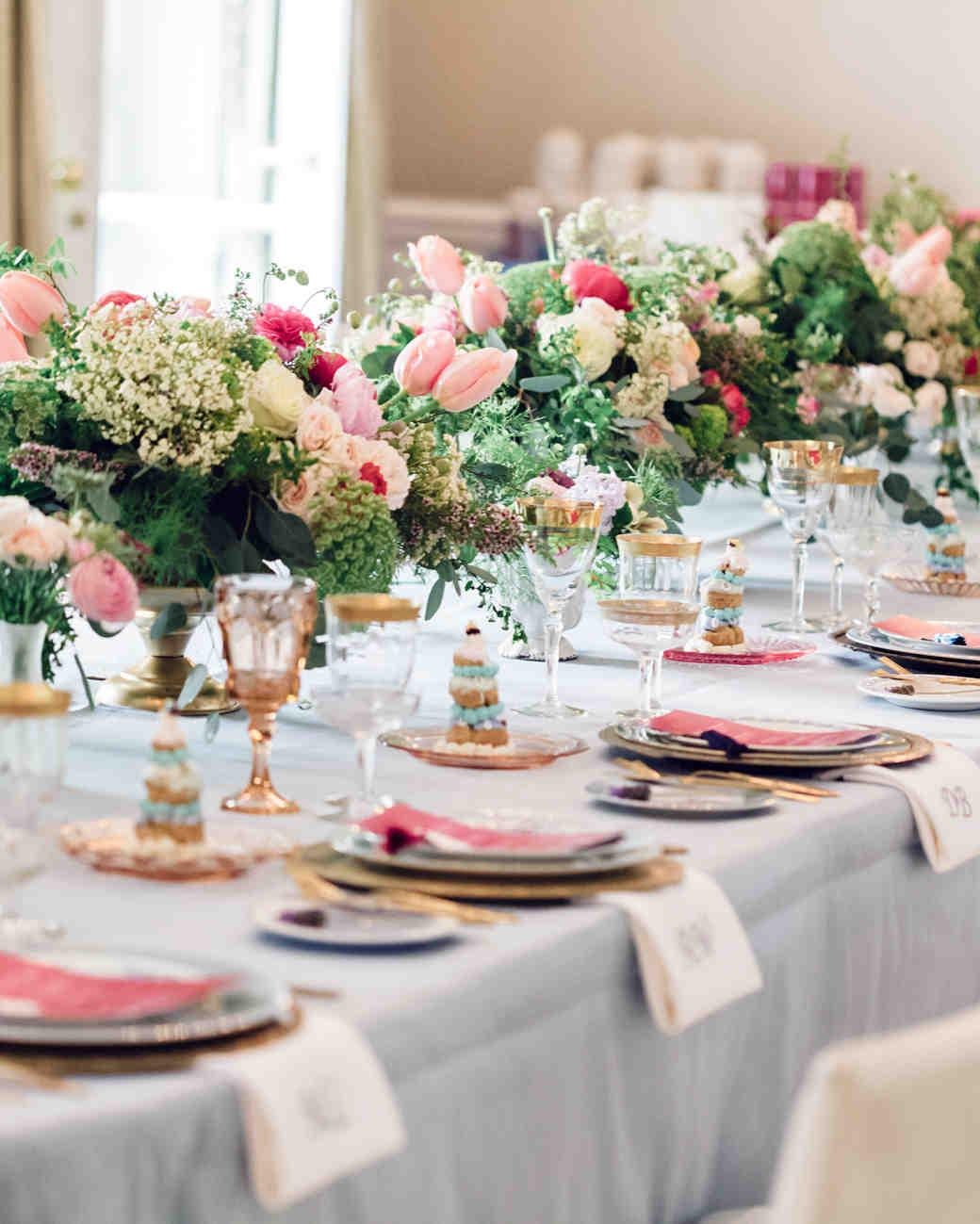 Wedding bridal party table