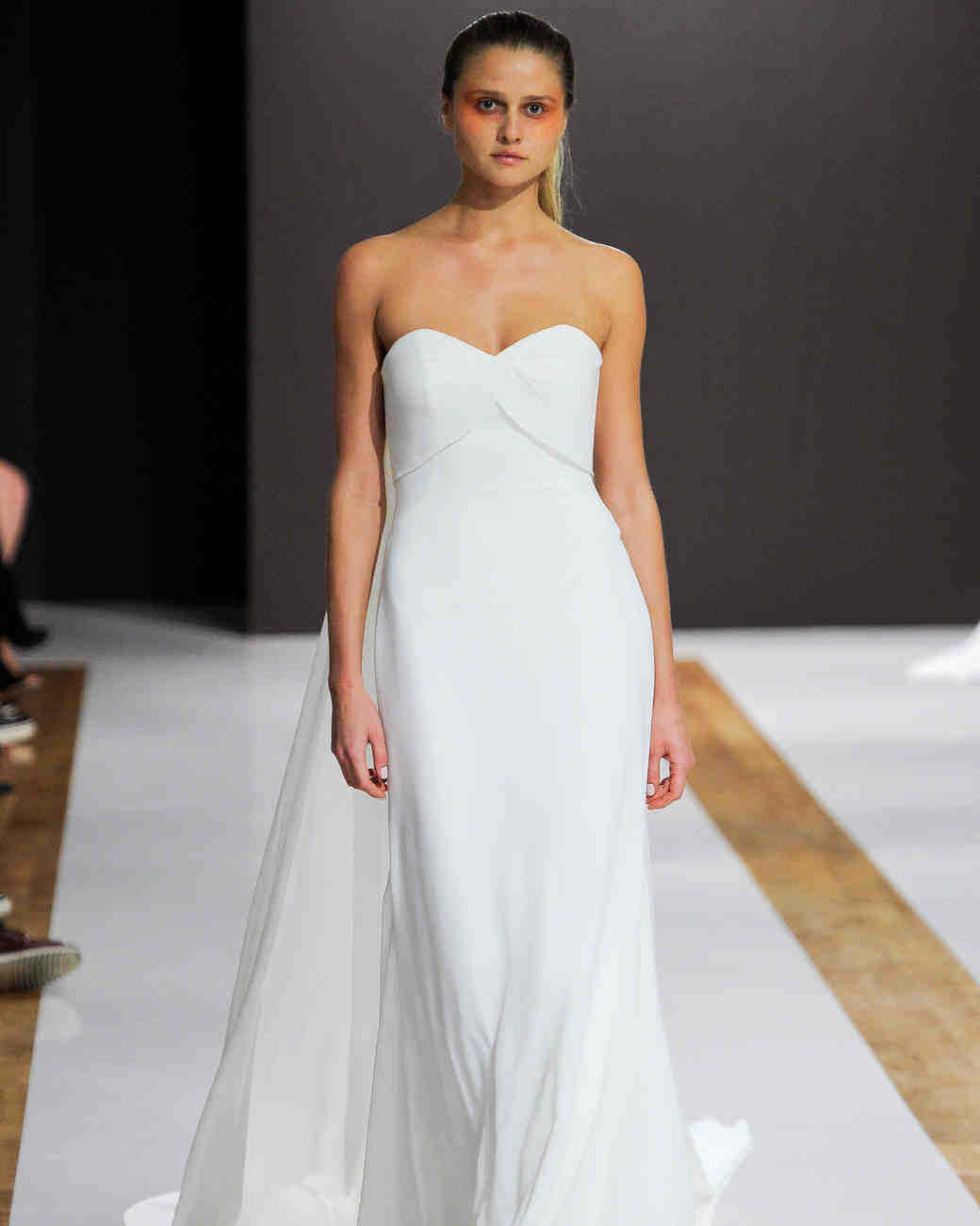 mark zunino wedding dress fall 2018 sweetheart flowy train