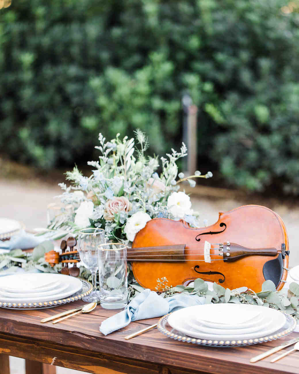 violin centerpiece