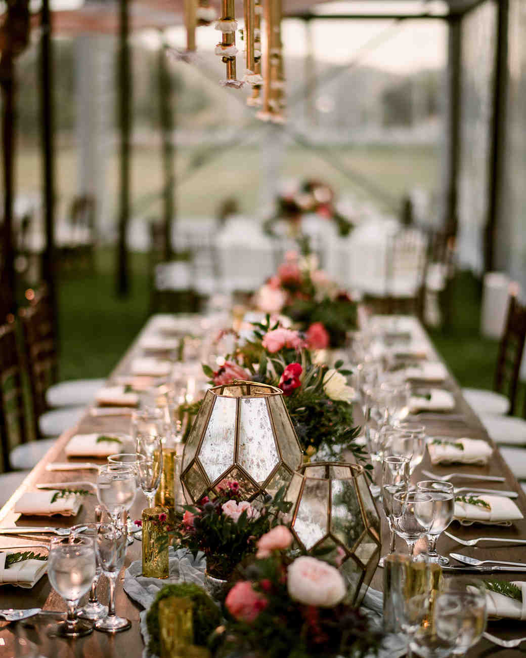 7 Barn Wedding Decoration Ideas For A Spring Wedding: 28 Of The Prettiest Rustic Wedding Centerpieces