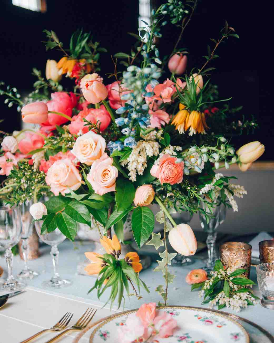 Spring Wedding Centerpiece Ideas: Spring Wedding Centerpieces We Love