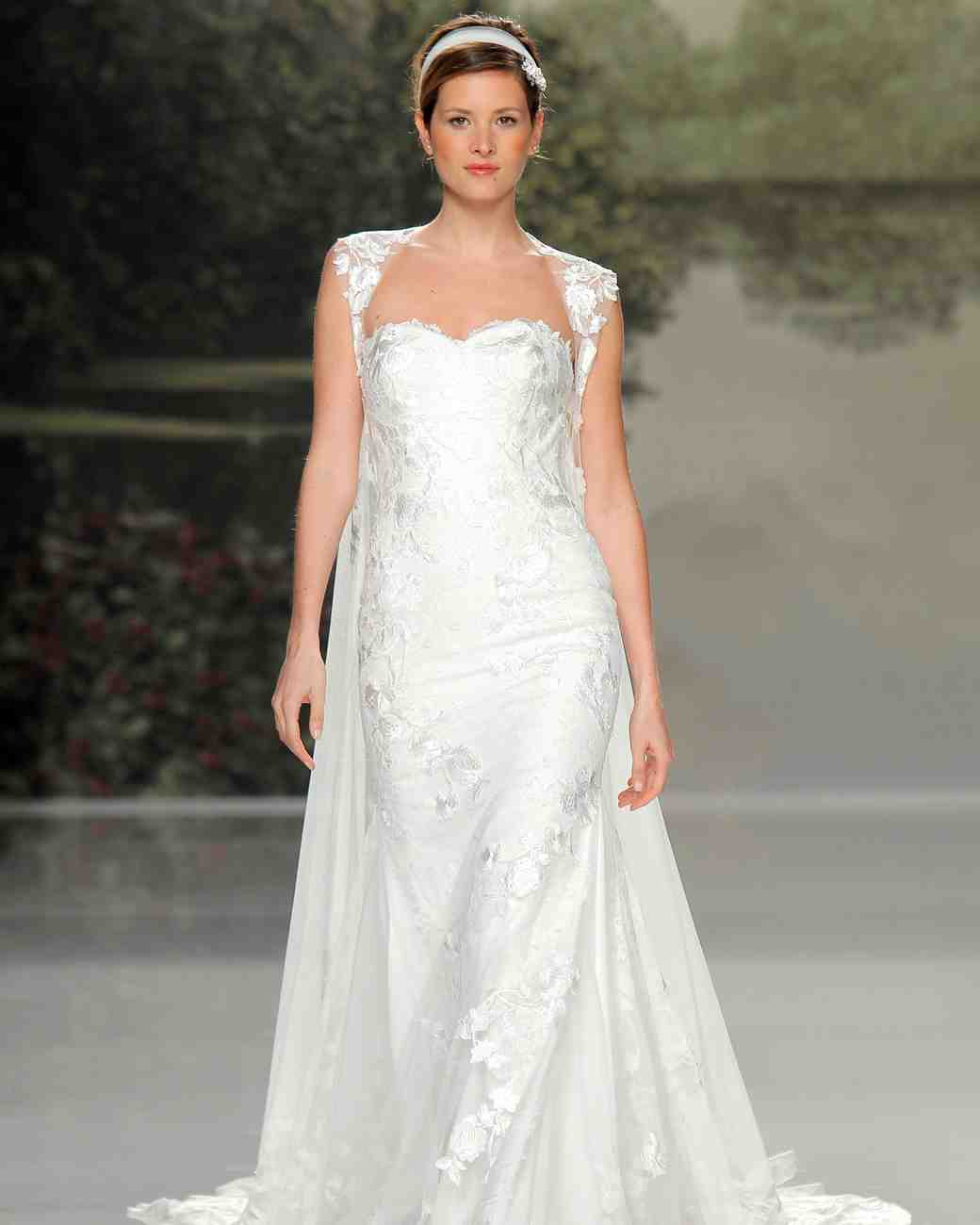 st patrick sweetheart neck spring 2018 wedding gown