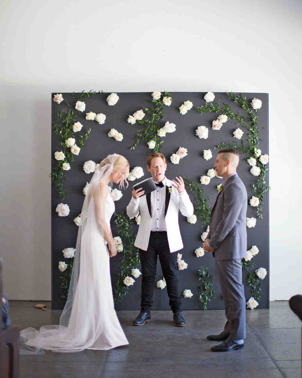 Modern Wedding Backdrop Ideas: Wedding Backdrop Ideas We Love