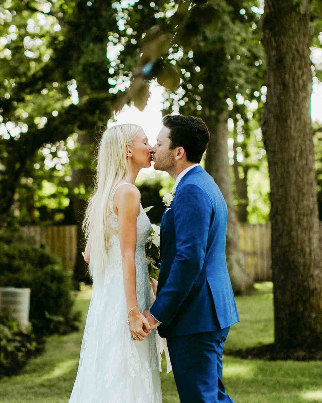 wedding couple kiss