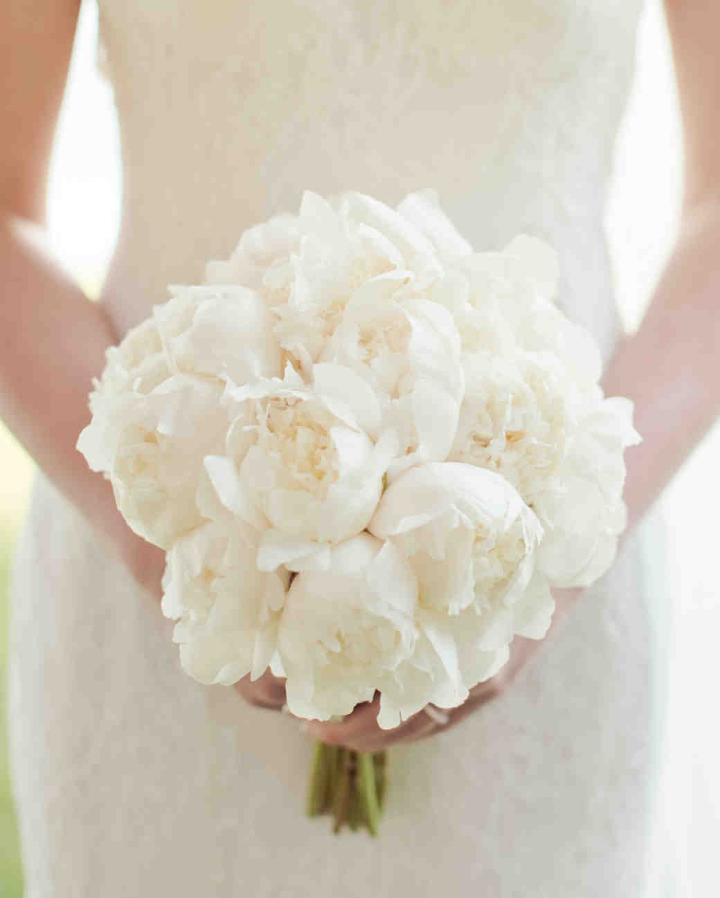 64 white wedding bouquets martha stewart weddings for How to take wedding photos