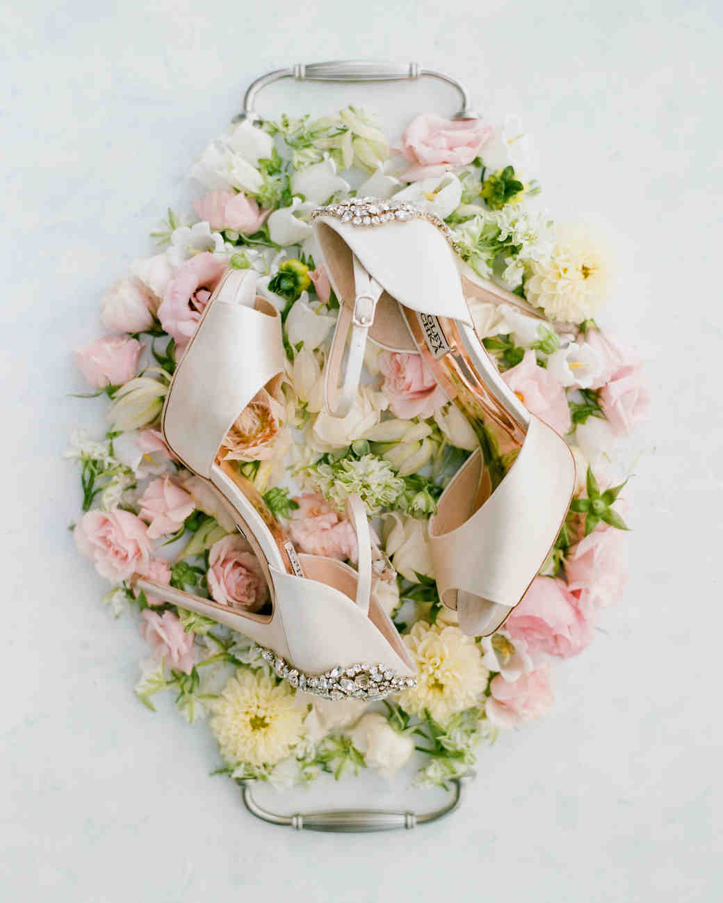 texas wedding badgley mischka shoes flower tray