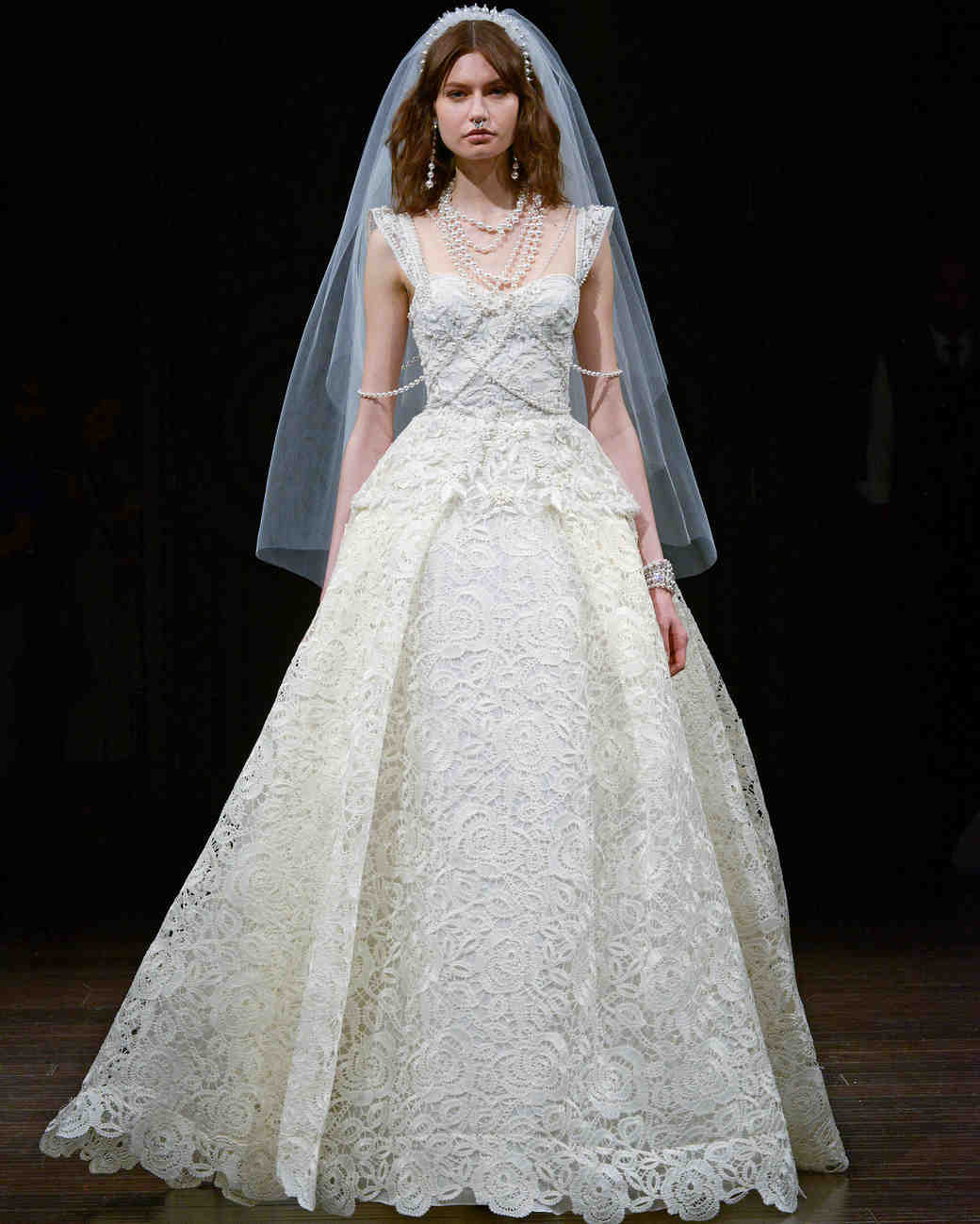 naeem khan cap sleeve wedding dress spring 2018