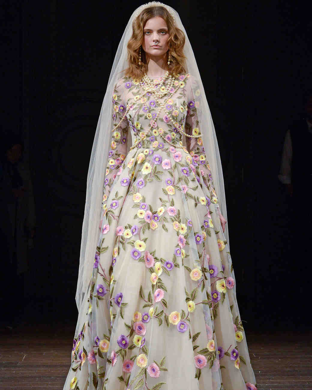 naeem khan long sleeve floral wedding dress spring 2018
