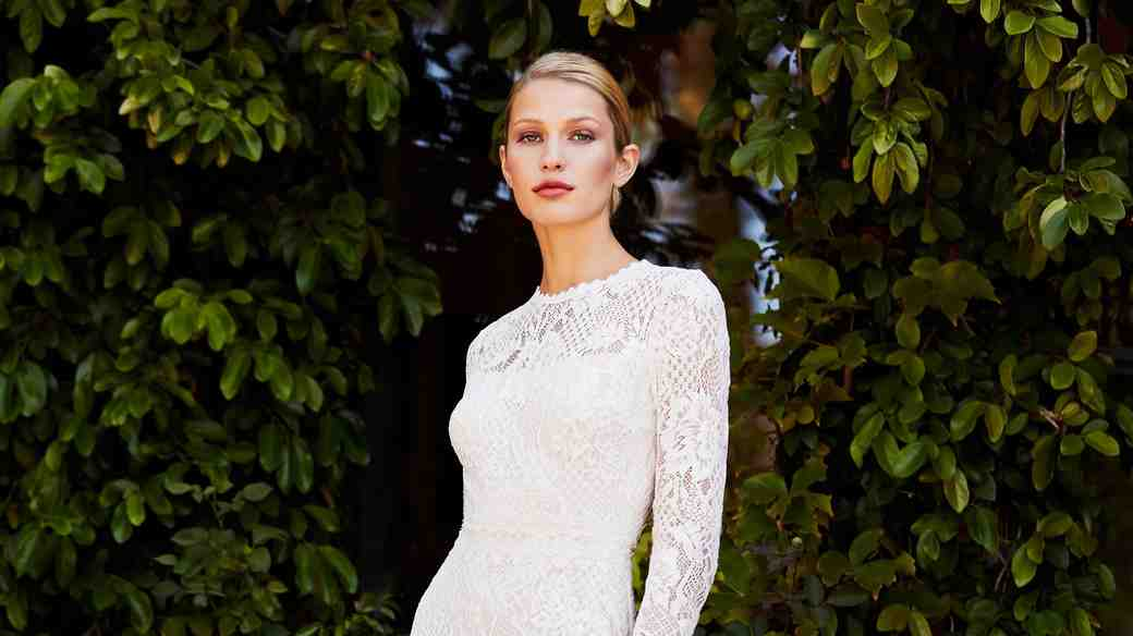 tadashi shoji wedding dress fall 2018 high neck long sleeve lace