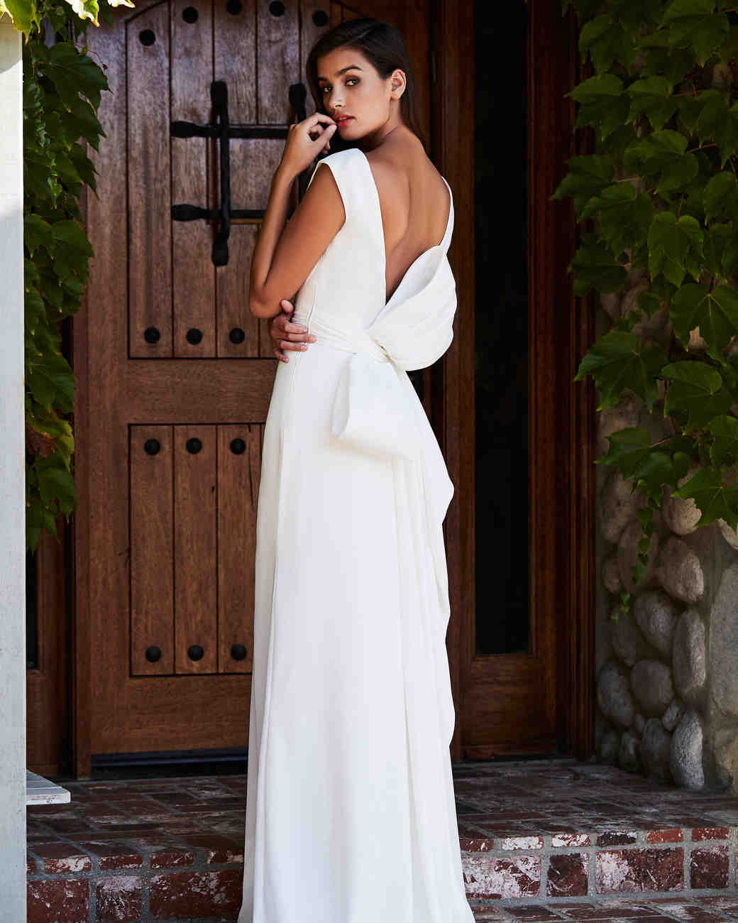 tadashi shoji wedding dress fall 2018 back bow