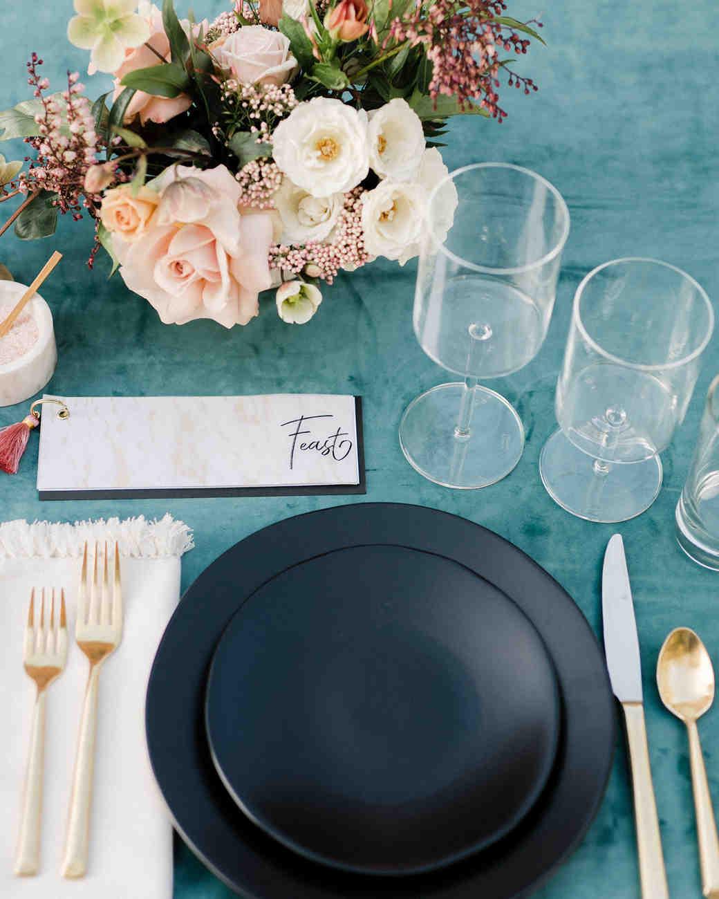 unique wedding color palettes blue and blush table setting