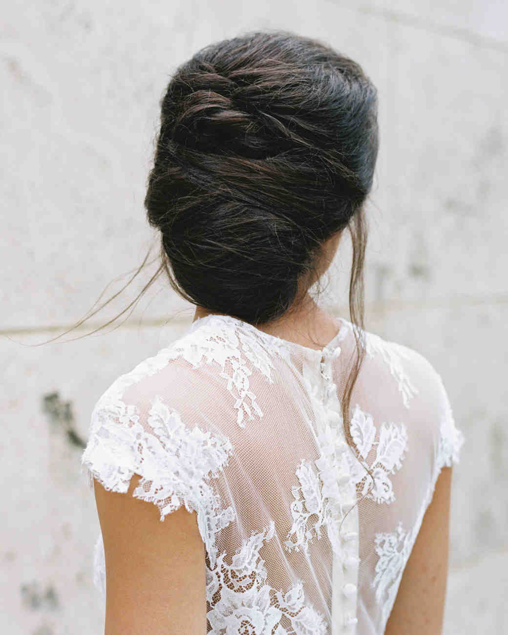 wedding dresses with buttons lace short sleeve
