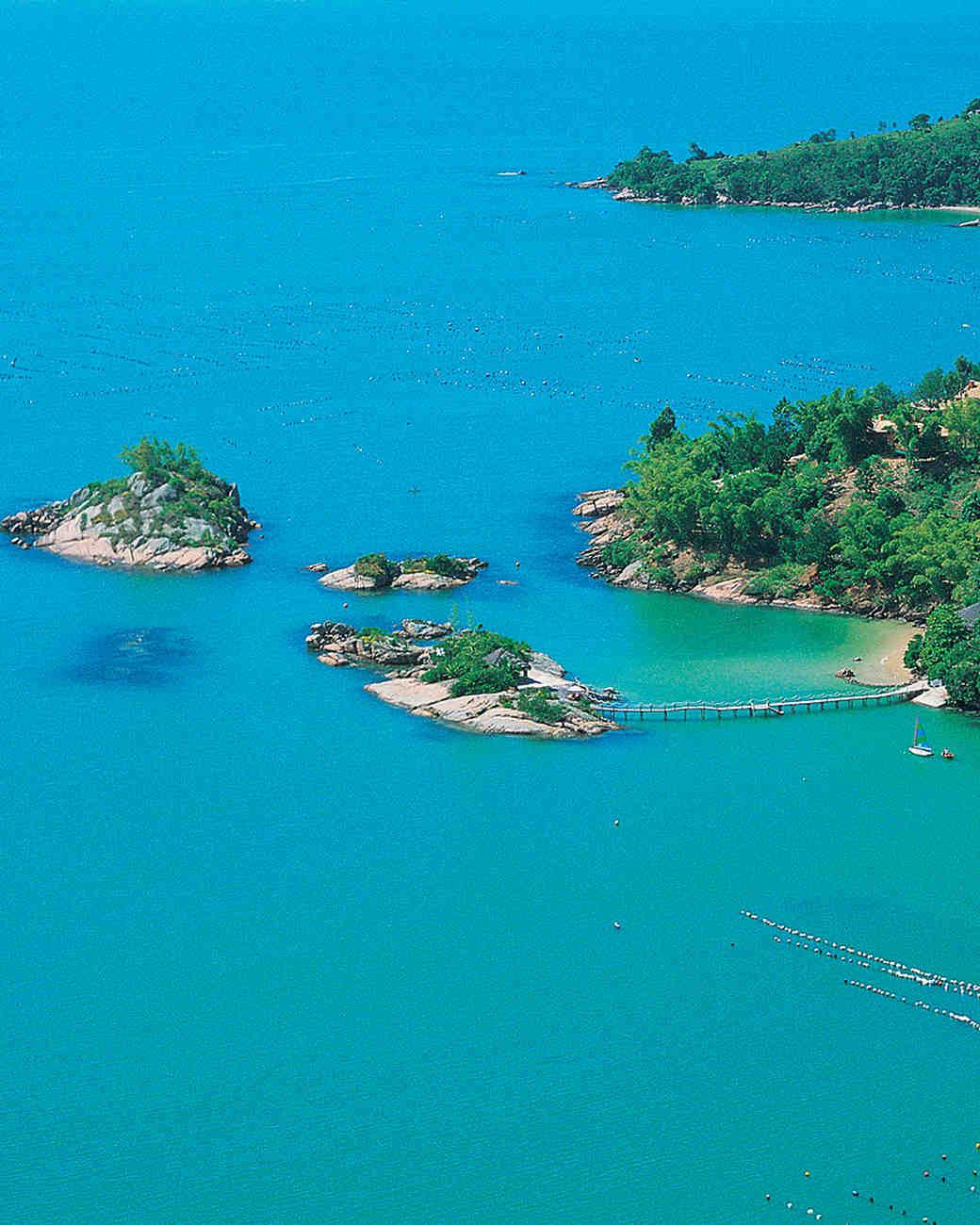 best-beach-honeymoon-spots-pota-dos-ganchos-1115.jpg