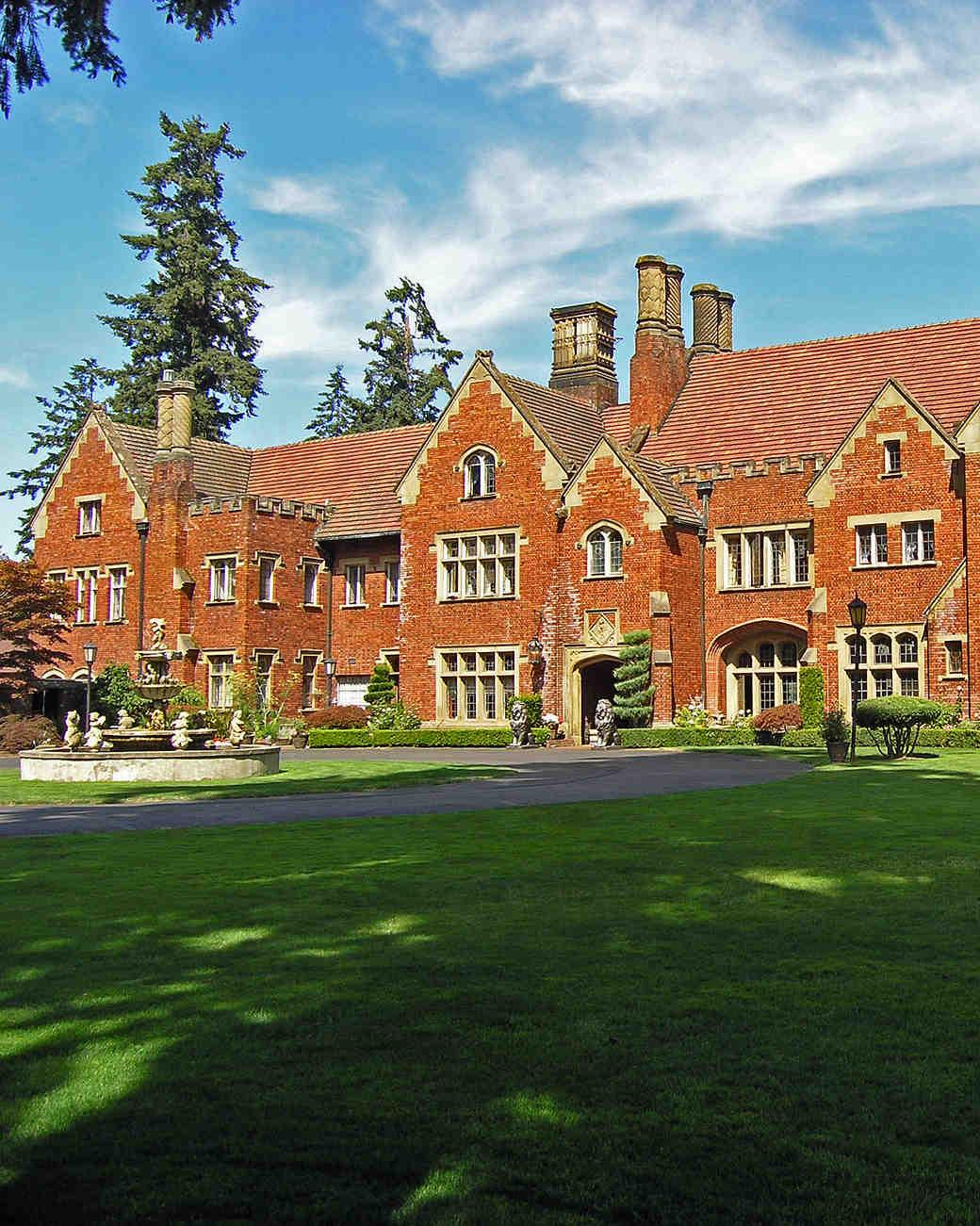 18 Fairy Tale Castle Wedding Venues In America Martha Weddings