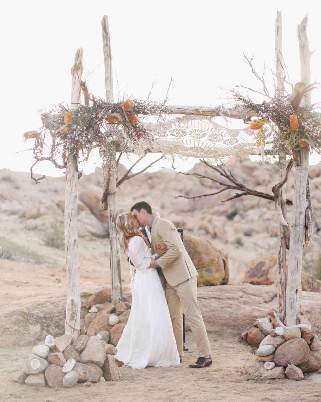 Boho Chic Wedding Ideas for Free Spirited Brides and