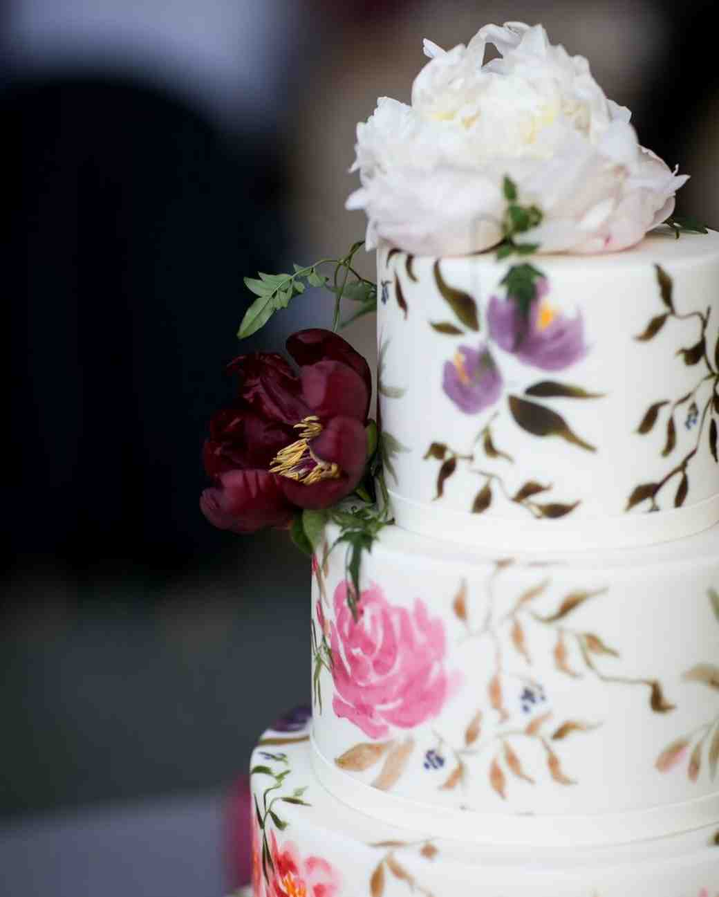 Black Fruit Cake Wedding