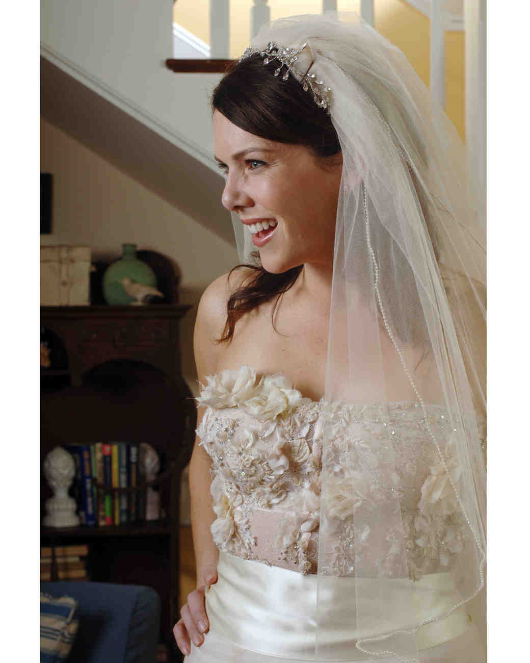 gilmore-girls-wedding-lorelai-wedding-dress-1015.jpg