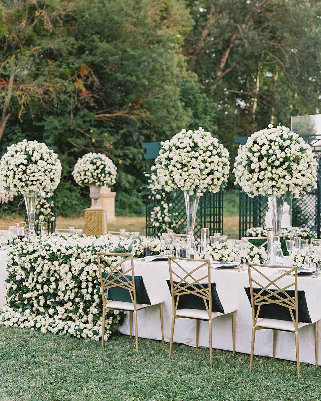 janet patrick wedding reception table in garden