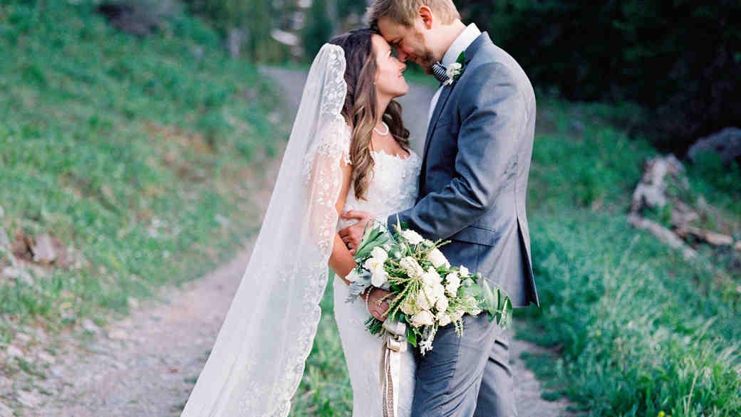 An Intimate Lakeside Wedding in Telluride
