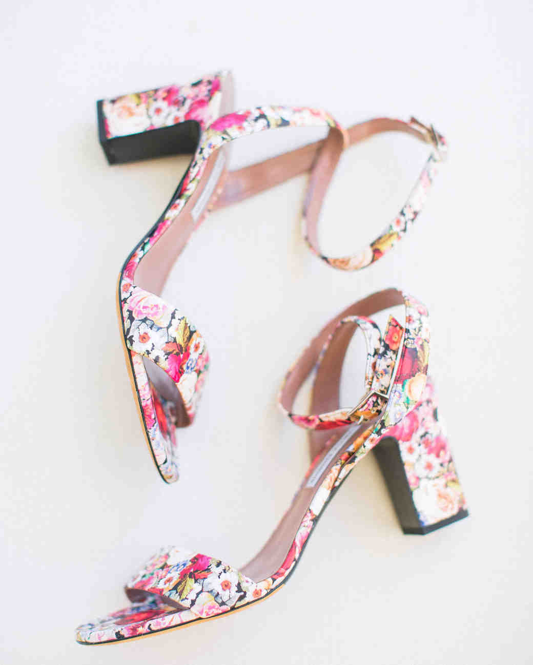354a16a5555 25 Nontraditional Wedding Shoe Ideas from Stylish Brides