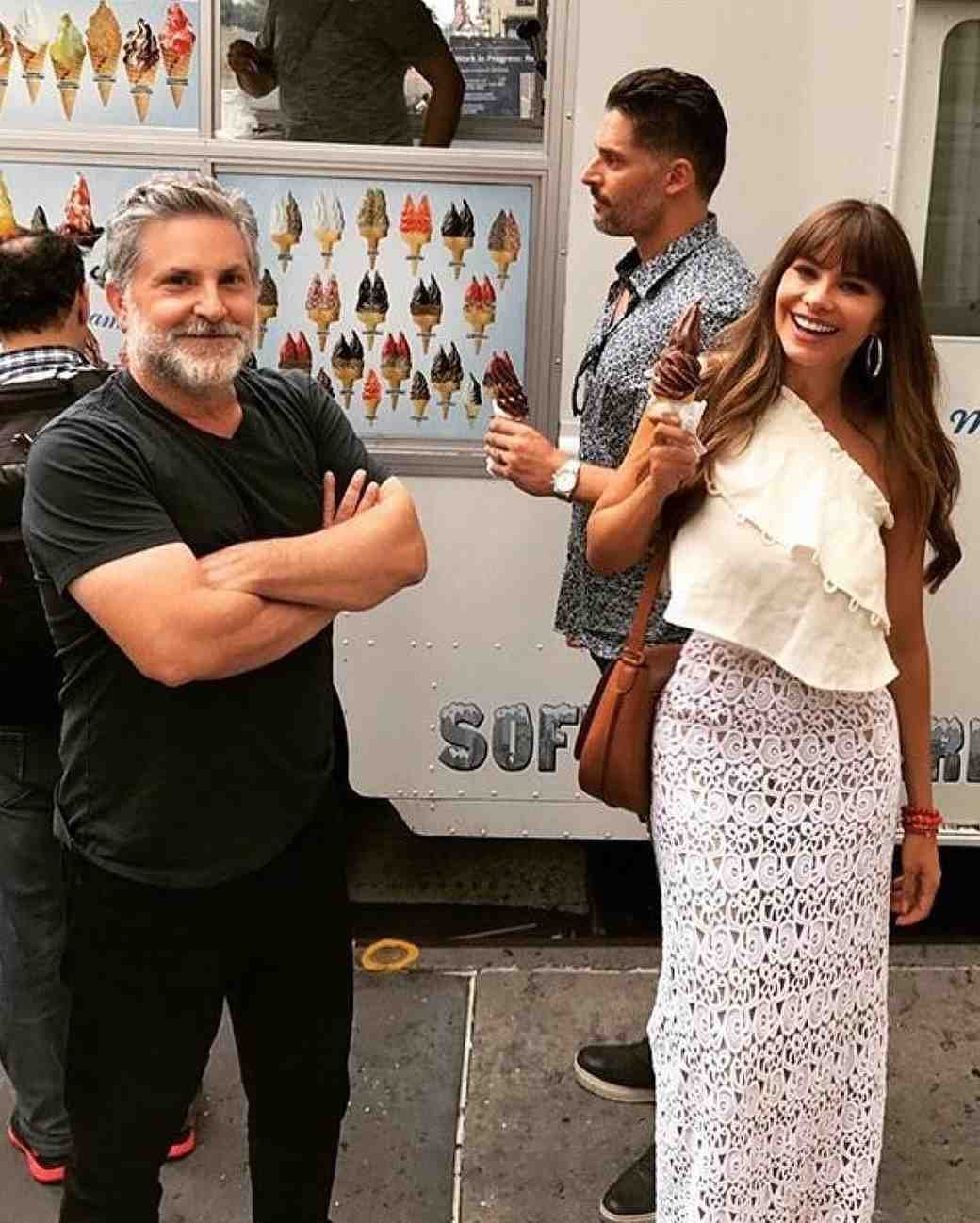 Sofia Vergara and Joe Manganiello getting ice cream