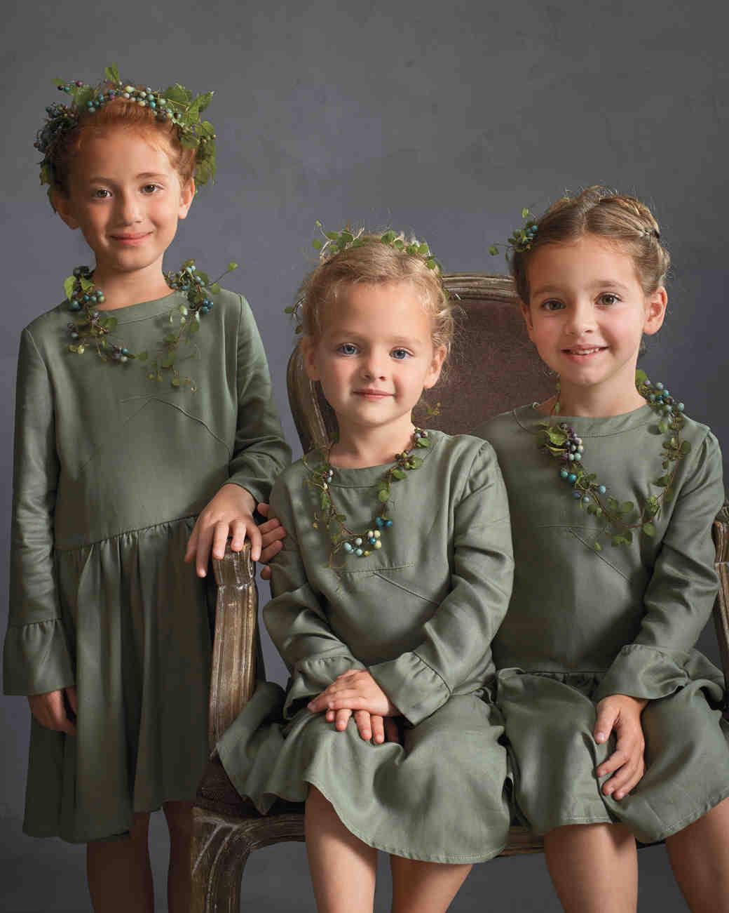 flower-girls-floral-hair-wreaths-586-d111584-comp.jpg