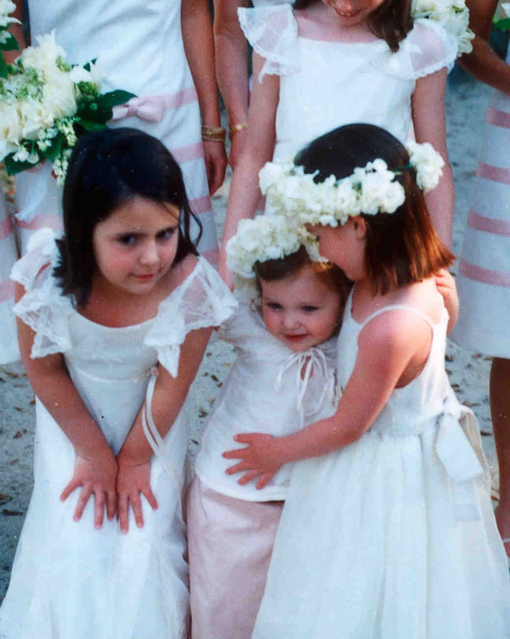 john-dolan-wedding-photographer-little-girls-0914.jpg