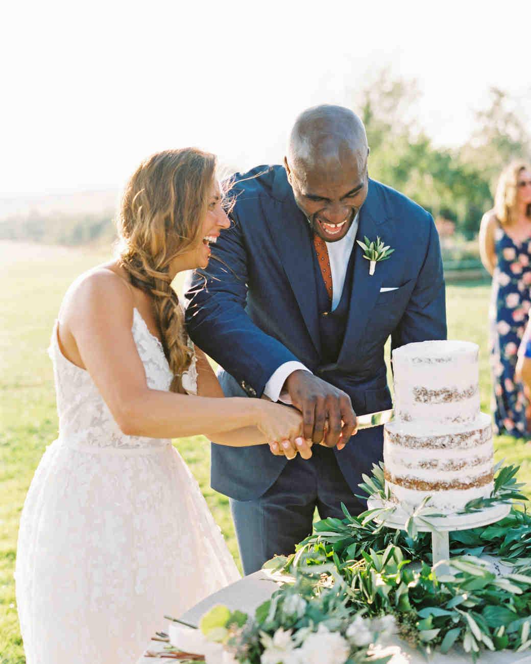 leila joel wedding cake cutting