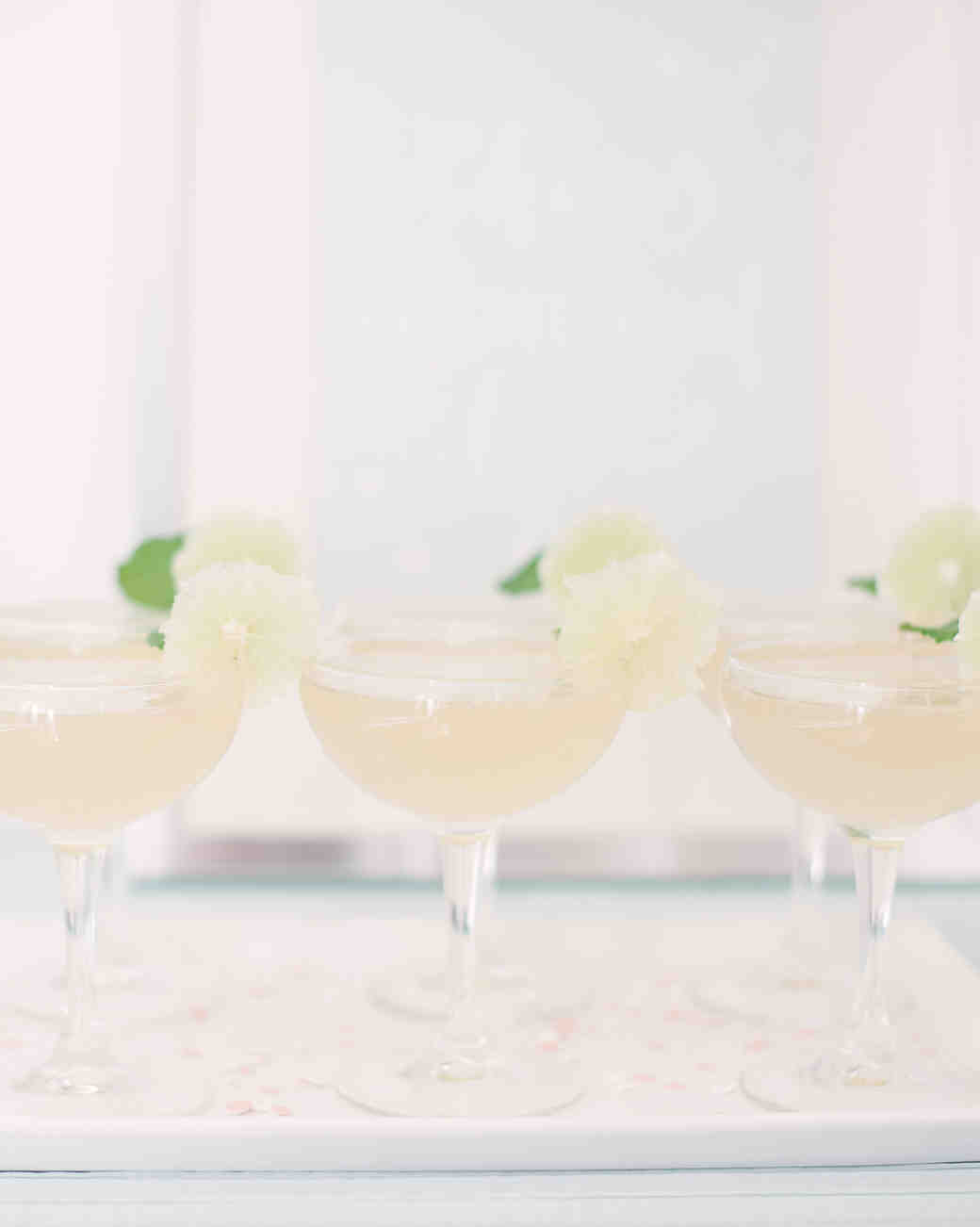 39d0762bb9d 20 Tips for Throwing the Ultimate Winter Bridal Shower