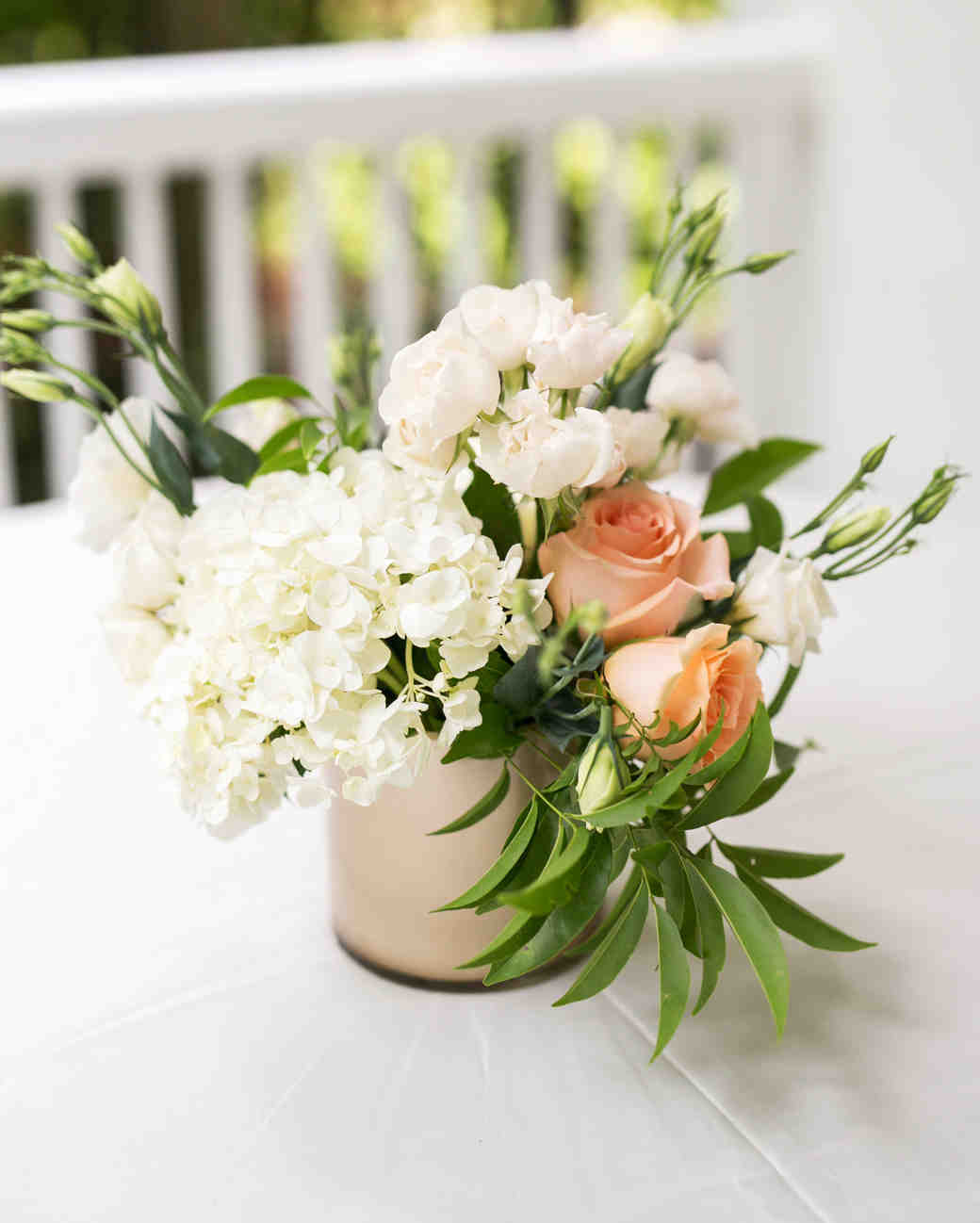 Very Low Budget Wedding: Affordable Wedding Centerpieces That Still Look Elevated