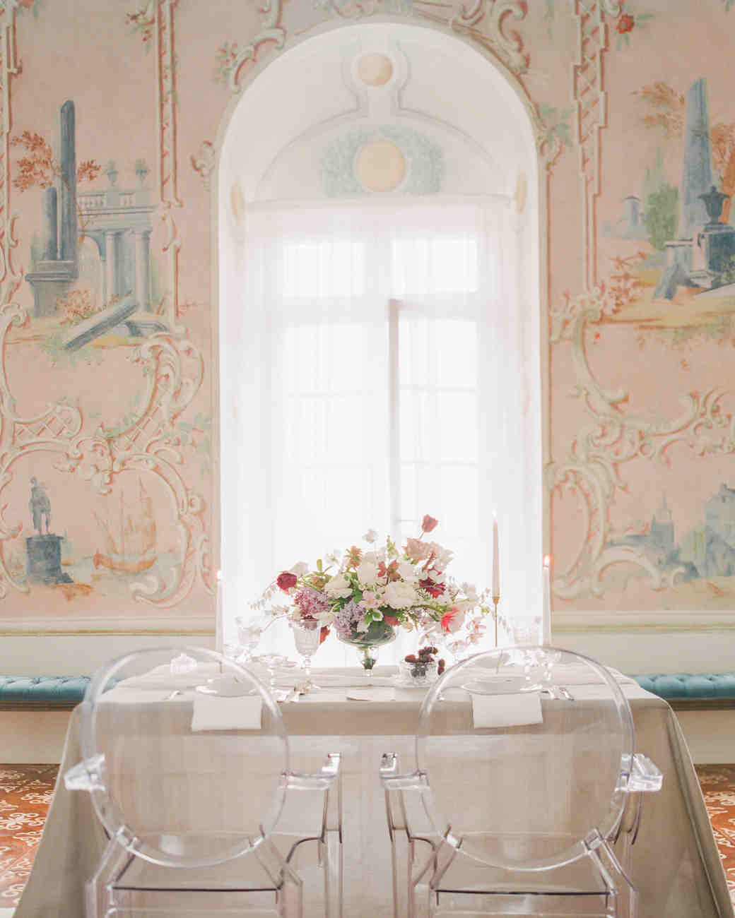 art-inspired wedding ideas fresco-inspired wall art