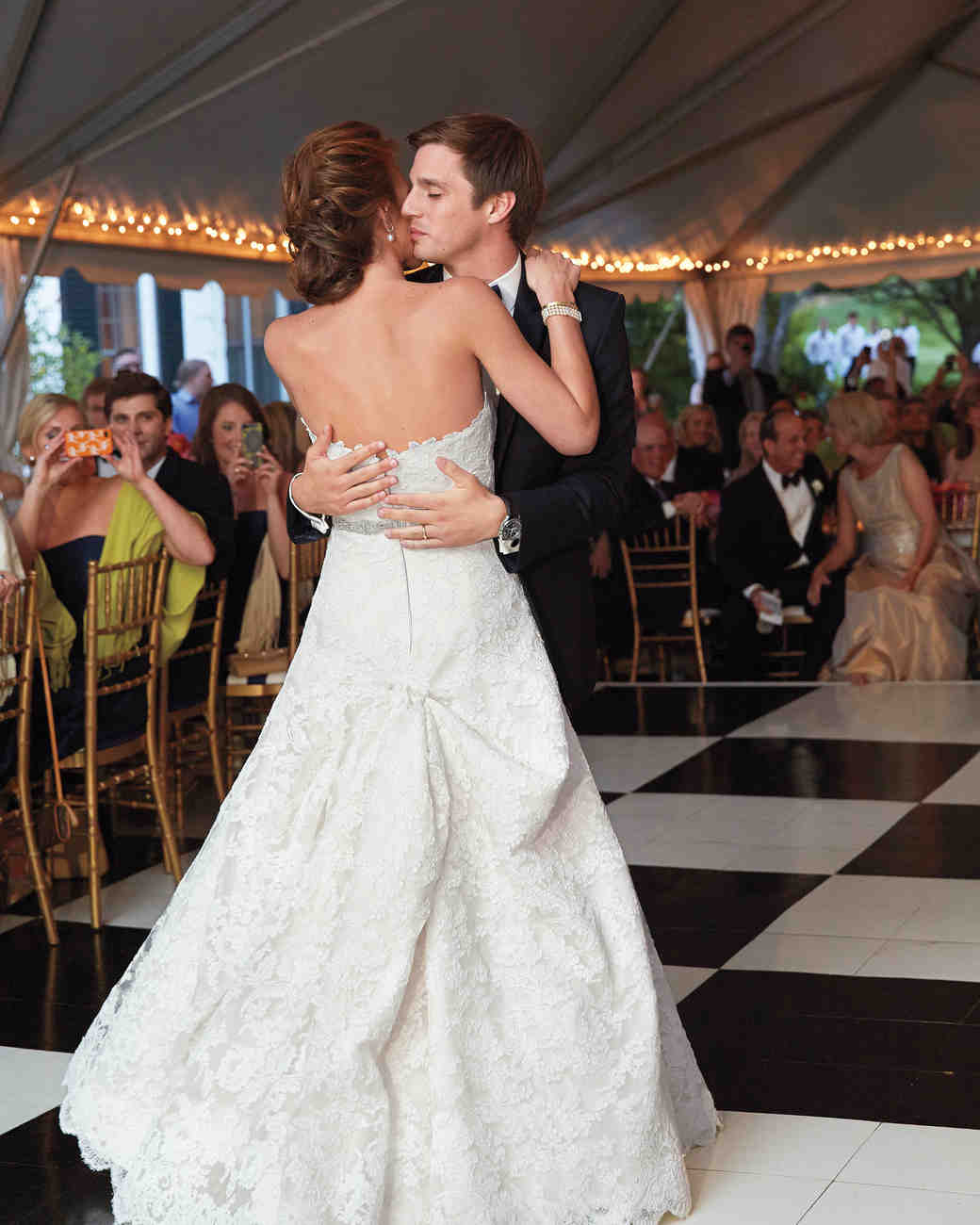 bride-groom-first-dance-msw-05-24-13-1352-md110142.jpg