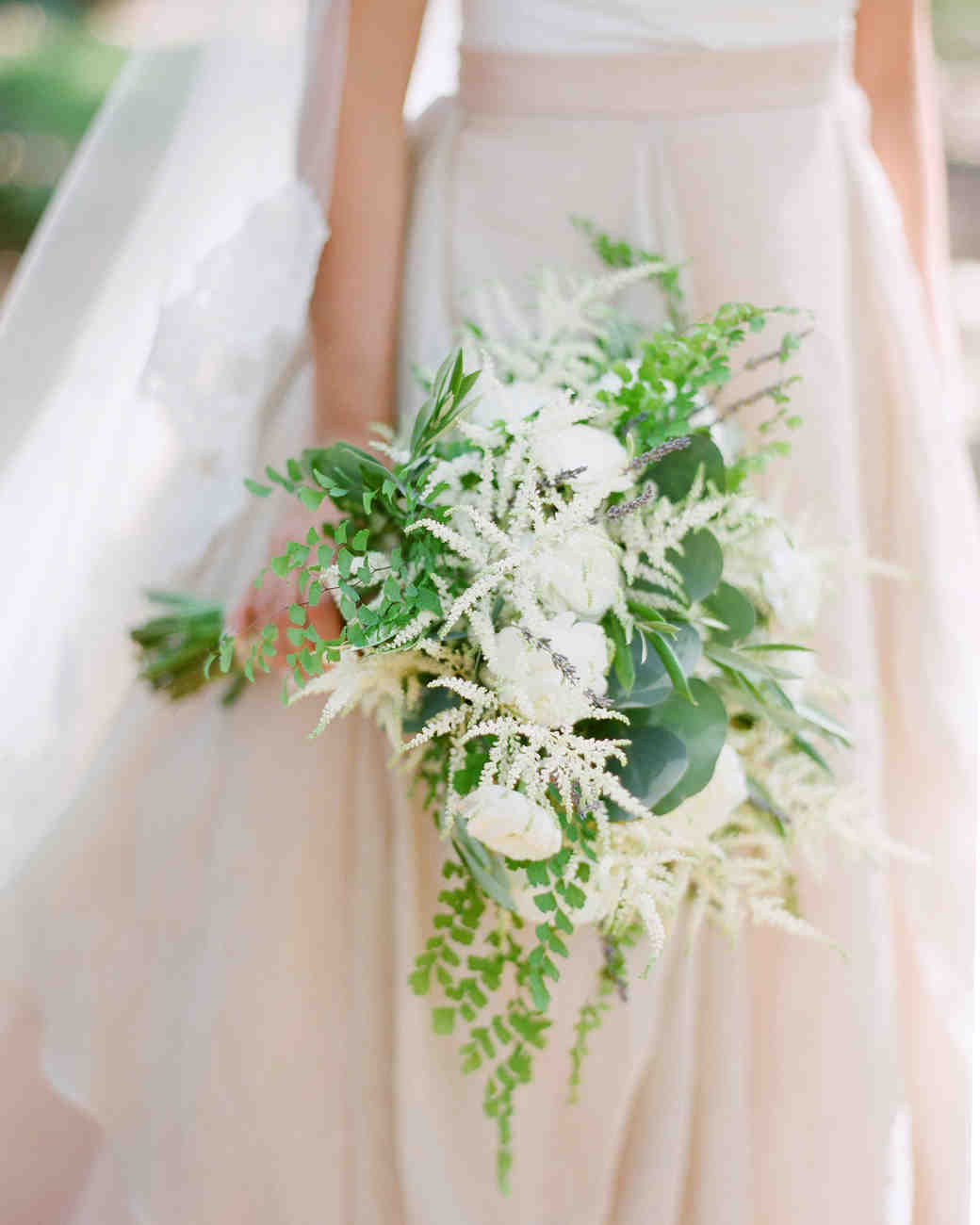 unique white bouquet