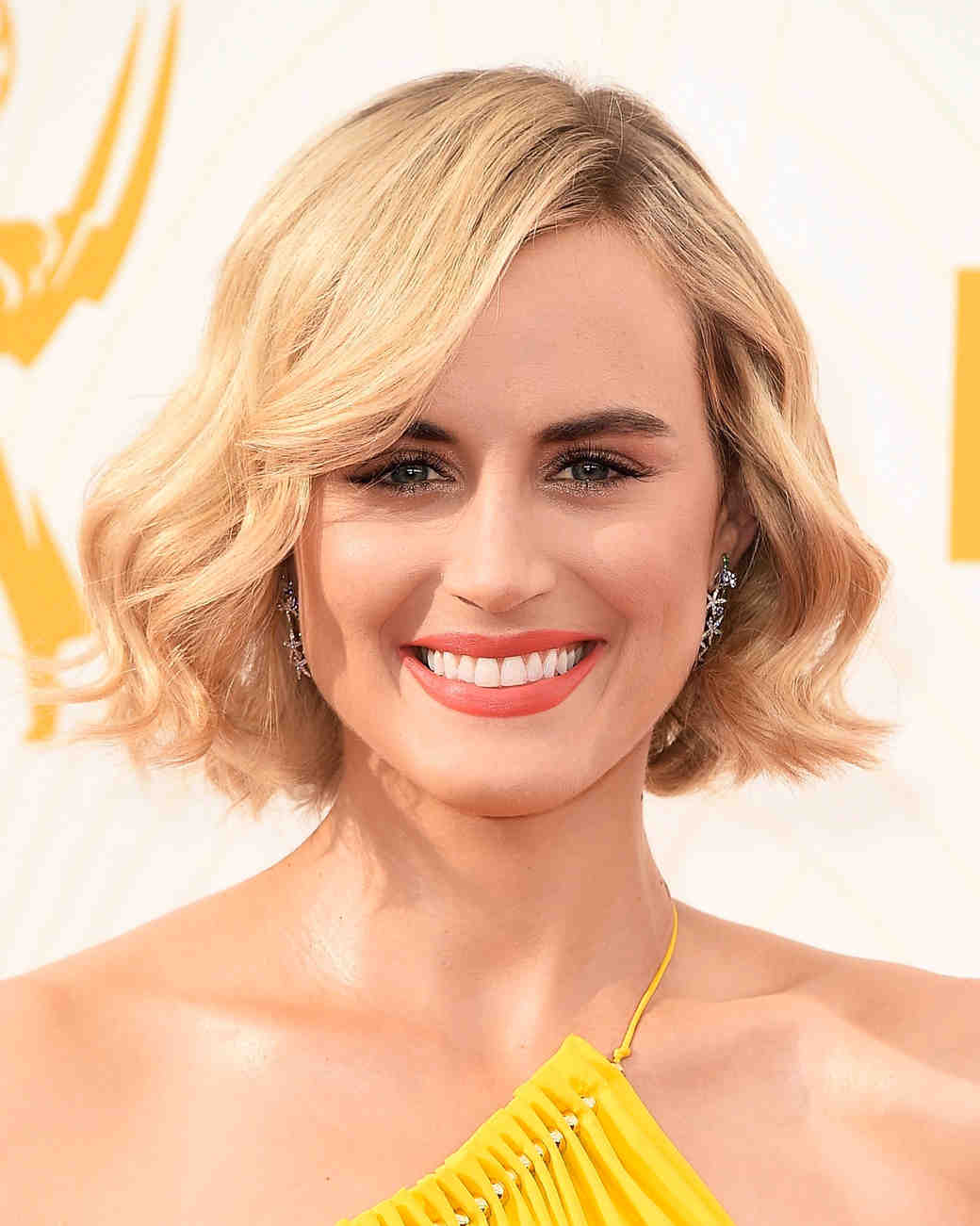 celebrity-wedding-hair-taylor-schilling-emmys-0915.jpg