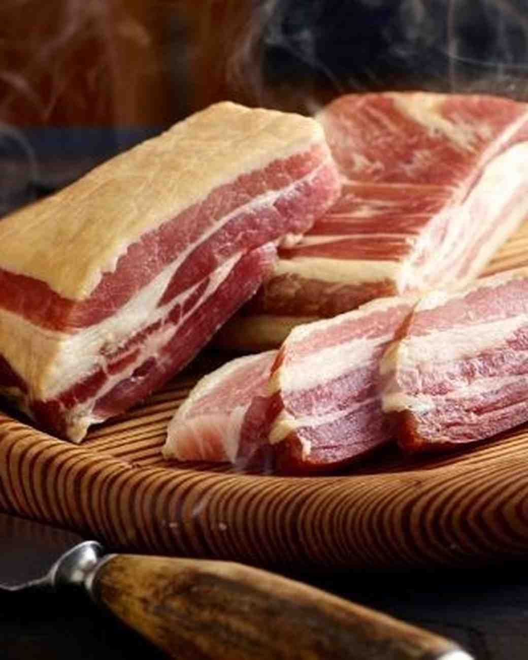 groom gift guide goldbelly bacon subscription